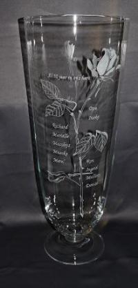 Vaas gegraveerd met namen